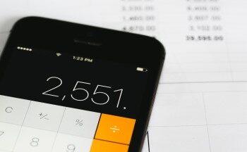 calculating-bills_latymer